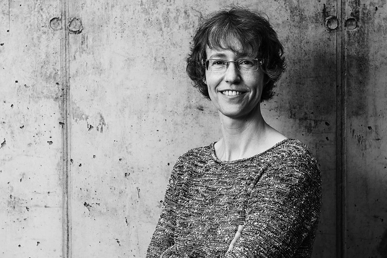 Angela Müller, Portrait